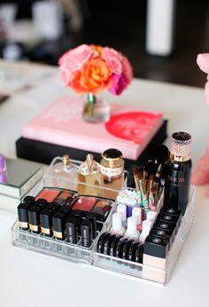 Como organizar seus produtos de beleza