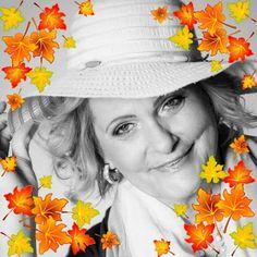 Kosmetika AVON:   Krásný den přátelé, vrátila jsem se po delší odm... Avon, Bucket Hat, Lady, Fashion, Moda, Bob, Fashion Styles, Fashion Illustrations, Panama