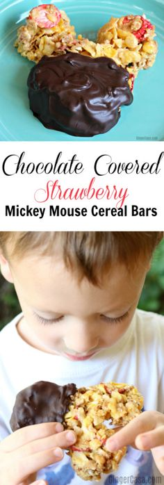 Make your day a little sweeter with these delicious chocolate covered strawberry Mickey Mouse cereal bars! They're great for any day of the week!  AD