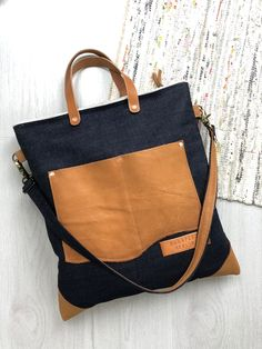Budapest Berlin • Japanese selvedge denim + leather tote Leather Purses, Leather Totes, Leather Handbags, Denim Tote Bags, Cotton Tote Bags, Diy Handbag, Linen Bag, Leather Bags Handmade, Quilted Bag