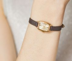 """Soviet mechanical wristwatch Luch\""""Ray"""" for ladies"""