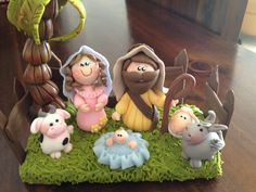 Para el cumple de Marco Merry Christmas To All, Christmas Nativity, All Things Christmas, Kids Christmas, Christmas Ornaments, Polymer Clay Projects, Clay Crafts, Polymer Clay Christmas, Play Clay