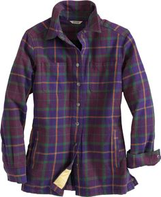 The Flapjack Shirt Jac blends fuzzy-soft flannel with a cozy quilted lining - talk about a chilly weather wonder! Plus it's tricked out with 6 pockets for all the essentials you carry. Only from Duluth Trading Company
