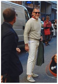 Street Style Looks, Street Style Women, Fashion For Men Over 50, Khaki Jacket, Italian Outfits, Preppy Look, Man Style, Street Wear, Menswear