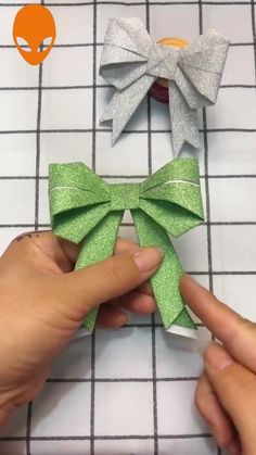 Click below to GET MORE >>>> spiral paper flowers paper flowers diy easy rolled paper crafts paper making Diy Crafts Hacks, Diy Crafts For Gifts, Diy Home Crafts, Diy Arts And Crafts, Creative Crafts, Origami Ribbon, Paper Crafts Origami, Easy Paper Crafts, Paper Crafting