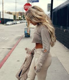 Find More at => http://feedproxy.google.com/~r/amazingoutfits/~3/P3Lw0IiZhzY/AmazingOutfits.page