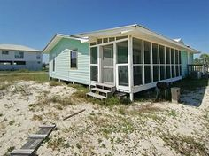 Three Palms is a darling house in #FortMorgan! This 3 bedroom can sleep up to 8, and it's dog friendly!