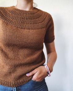 knitting how to knitting stuff knit outfit just knit chunky knitting spring knitting knit blankets crochet knitting knit baby things knitting diy just knit knitted ideas Summer Knitting, Baby Knitting, Loom Knitting, Work Tops, Stockinette, Knit Shirt, Knit Fashion, Summer Shirts, Pulls
