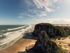Torres - State of Rio Grande do Sul, Brazil. Photo by bSlaney.