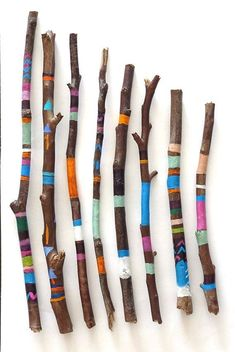 Recycling/Upcycling – decorated twigs from your garden, either painted or use fabric scraps loading. Recycling/Upcycling – decorated twigs from your garden, either painted or use fabric scraps Previous Post Next Post Upcycled Crafts, Scrap Wood Crafts, Diy And Crafts, Recycled Magazine Crafts, Decor Crafts, Diy Recycling, Reuse Recycle, Painted Driftwood, Driftwood Art