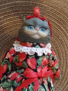 Victoria Ashlea  Porcelain Cat Doll  With Stand by Karen Kennedy  for Goebel  #Goebel #Dolls