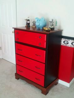 Georgia Bulldog chest of drawers
