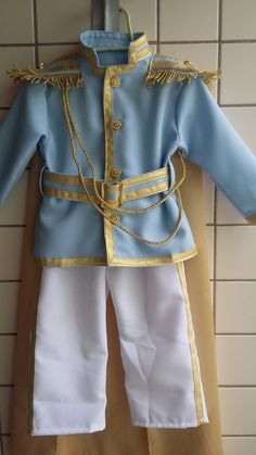 Prince Charming Halloween Costume, Prince Costume, King Costume, Prince Birthday Theme, Boys 1st Birthday Party Ideas, Baby Boy First Birthday, Baby Boy Suit Set, Cinderella Quinceanera Themes, Cinderella Centerpiece