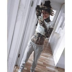 Monami Frost @monamifrost Instagram photos | Websta