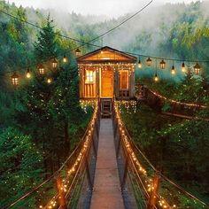 Dreaming of Fairytale treehouses ✨ #inspiration #wanderlust #adventure #authenticliving #gypsy #hippie #boho #bohemian #yoga #freepeople #fairy #bohodecor #treehouse #fairylights #jewellery #jewellery