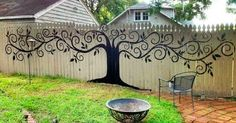 15+ People Who Took Their Backyard Fences To Another Level | Bored Panda
