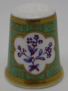 Sea Green & Puce Floral. Royal Worcester - Pattern Thru The Ages. Thimble-Dedal-Fingerhut.