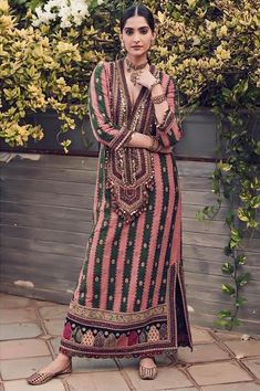 Sonam Kapoor Sabyasachi Dress 2019 Sabyasachi Charbagh Bridal Lehenga collection has a bunch of traditional red wedding lehengas, some gorgeous destination wedding outfits + lots more. Sabyasachi Dresses, Pakistani Dresses, Lehenga Choli, Anarkali, Indian Fashion, Boho Fashion, Fashion Dresses, Fashion Wear, Fashion Pants