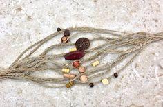 3 houten kralen natuurlijke hennep vriendschap door CuriousPurplePig