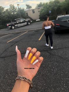 long acrylic nails that look fabulous – Long Nails – Long Nail Art Designs Summer Acrylic Nails, Best Acrylic Nails, Acrylic Nail Designs, Acrylic Nails Yellow, Summer Nails, Spring Nails, Aycrlic Nails, Gradient Nails, Coffin Nails