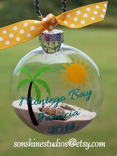 This glass ornament will make a beautiful keepsake for your honeymoon or vacation. Ornaments are glass and are 3-1/8 in diameter with a silver hanger. They are flattened (not round) similar to a pocket watch but much thicker. The silver cap is removable if you want to add your own Beach Christmas, Coastal Christmas, Christmas Balls, Christmas Holidays, Christmas Decorations, Christmas Ornaments, Sand Decorations, Beach Sand Crafts, Seashell Crafts