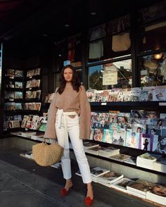 Tell me no lies Cute Fashion, Fashion Outfits, Womens Fashion, Spring Fashion, Videos Online, Simple Outfits, Summer Outfits, Asian Style, How To Look Pretty