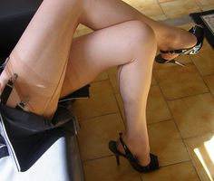 Sub Matures And Pantyhose 108