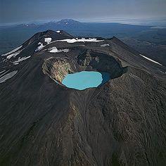 Maly Semiachik volcano, Kamchatka Peninsula, Bernhard Edmaier