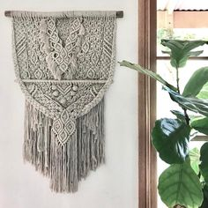 766 отметок «Нравится», 54 комментариев — Macrame / b r y d i e  m a r y (@marymakerstudio) в Instagram: «Unite // I took this beautiful linen work as a 'look see' piece when I did my last workshop at…»