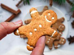 Mézeskalács Gingerbread Cookies, Desserts, Food, Gingerbread Cupcakes, Tailgate Desserts, Deserts, Essen, Postres, Meals