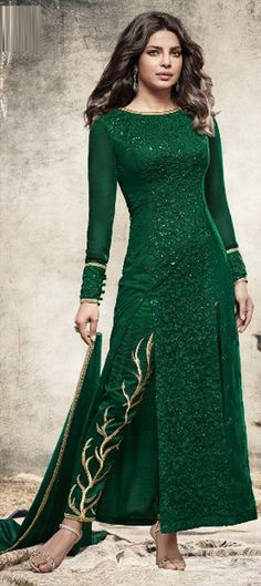 477624 Green  color family Bollywood Salwar Kameez in Faux Georgette fabric with Machine Embroidery,Thread work .