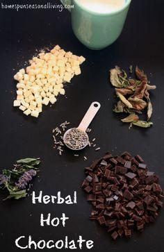 Chocolat chaud et herbes séchées. Je n'avais jamais songé à ce mélange. #ChocolatChaud #Chocolat | Use homegrown dried herbs to create customized and tasty cups of herbal hot chocolate.