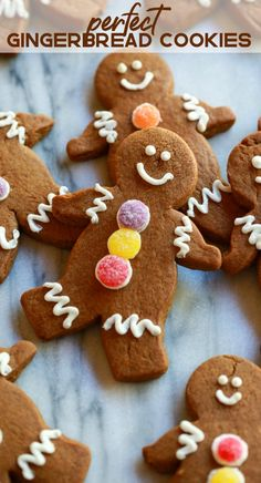 Gingerbread Man Cookies are my favorite Christmas treat to decorate with my kids. These soft gingerbread man cookies are perfect for preschool or kindergarten Christmas parties, and they taste delicious! Chewy Gingerbread Cookies, Holiday Cookies, Holiday Treats, Gingerbread Recipes, Gingerbread Cake, Gingerbread Houses, Gingerbread Man Recipe For Kids, Decorating Gingerbread Cookies, Gingerbread Biscuit Recipe