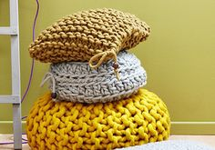 chunky knits.  I like the button on the end to prevent unraveling. Yarn is too thick to weave in without bulk