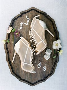 All the sweet details. Photo: l Heels: l Jewelry: l Ring Box: White Wedding Shoes, Wedding Shoes Heels, Badgley Mischka Shoes Wedding, Prop Styling, Nontraditional Wedding, Personalized Wedding Favors, I Got Married, Classic Elegance, Bridal Style