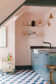 Home Remodel Kitchen pink kitchen with blue cabinets.Home Remodel Kitchen pink kitchen with blue cabinets Decor, Interior, Blue Cabinets, Kitchen Colors, Kitchen Decor, Kitchen Wall Colors, Interior Design Kitchen, Home Decor, Vinyl Flooring