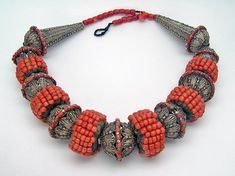 A spectacular necklace posted on Joost Daalder's facebook page of a Yemen necklace that was sold some time ago by Linda Pastorino (Singkiang)