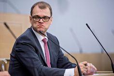 Juha Sipilän lausunnot huhtikuussa kasasivat mustia pilviä Apotti-hankkeen ylle.