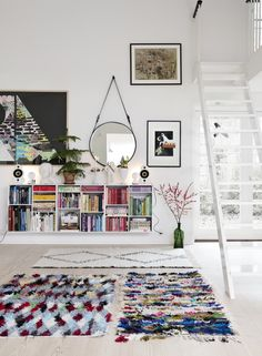 Small Apartment filled with Danish Modern (design attractor) Room Inspiration, Interior Inspiration, Interior Styling, Interior Design, Living Comedor, Mid Century Modern Design, Small Apartments, Home Living Room, Scandinavian Design