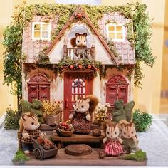 Diy Dollhouse, Dollhouse Miniatures, Vs Go, Sylvania Families, Homemade Toys, Light Of My Life, Diy Projects To Try, Family Christmas, Lps