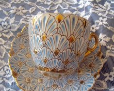 ᏝᏅᏤᎬ~Tea Cup and Saucer. Stunning Design and Colors. by ᏝᏅᏤᎬ~Tea Cup and Saucer. Stunning Design and Colors. Tassen Design, Café Chocolate, Keramik Design, Teapots And Cups, My Cup Of Tea, China Patterns, Tea Cup Saucer, Tea Time, Coffee Time