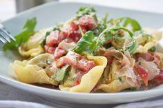Ein #Rezept für #Gorgonzola-Nuss-Soße, die viel würzigen Geschmack zu deftigen Fleischgerichten verspricht.