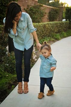 Mother n daughter matching outfit