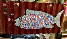 How awesome is this fusion of beer caps and fish art!?!