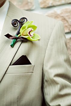 Groomsman Boutonniere - Photo Source • Double Knot Photography