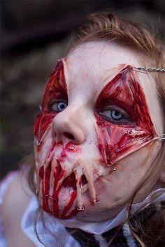 Die 34 gruseligsten Halloweenverkleidungen. Nr 18 ist auf keinen Fall für Kinder geeignet.