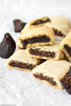 {homemade} fig newtons [gluten-free, grain-free, paleo friendly, refined sugar free]