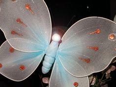 Cómo hacer mariposas con tela de nylon | eHow en Español