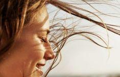 Πώς να φαίνεσαι νεότερη – Κατάλληλο μακιγιάζ και σπιτικές μάσκες αντιγήρανσης | Μυστικά ομορφιάς | mystikaomorfias.gr Finger Yoga, Naan, Jason Stephenson, Plaice, Biotin, Good Night Sleep, Fish Recipes, Your Hair, Vitamins