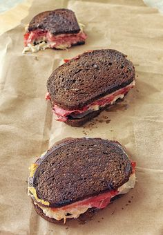 My Mother's Reuben Sandwiches - a surprise ingredient takes this delicious sandwich to the next level. Types Of Sandwiches, Healthy Sandwiches, Delicious Sandwiches, Wrap Sandwiches, Reuben Sandwich, Soup And Sandwich, Sandwich Recipes, Sandwich Board, Great Recipes